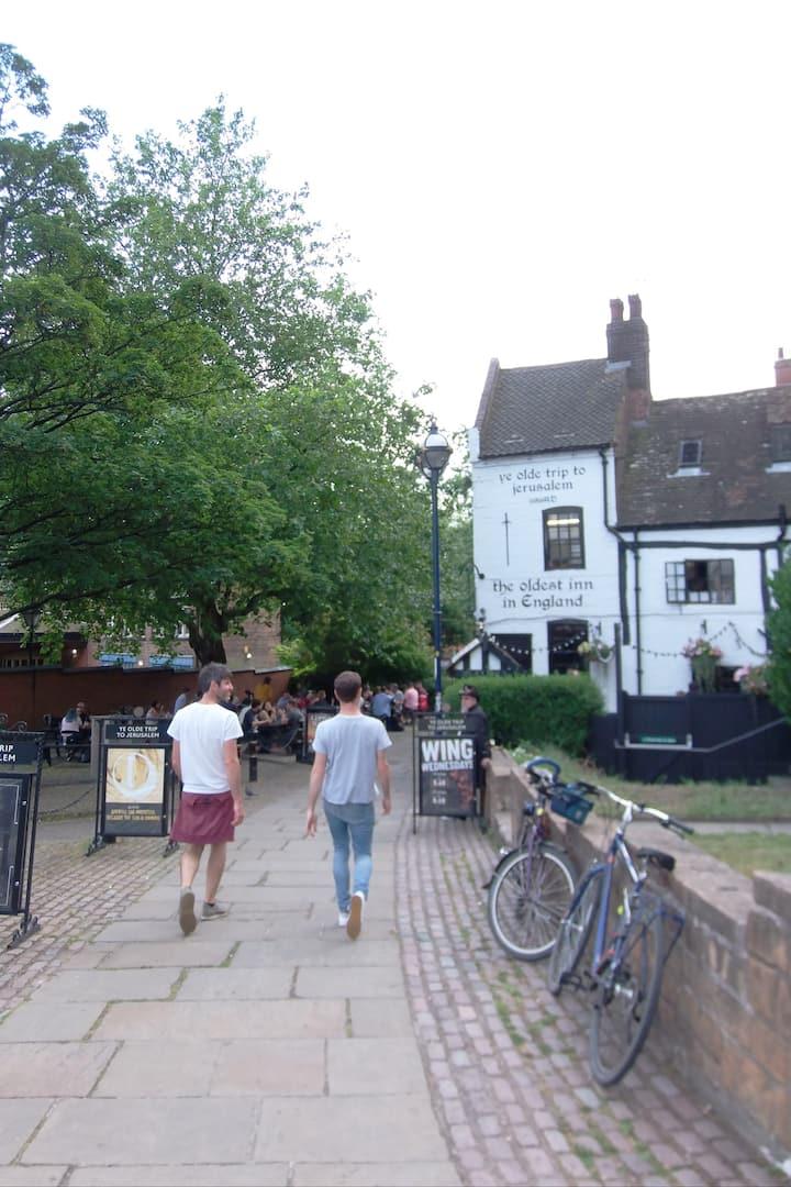 the oldest Inn in UK, very cosy inside