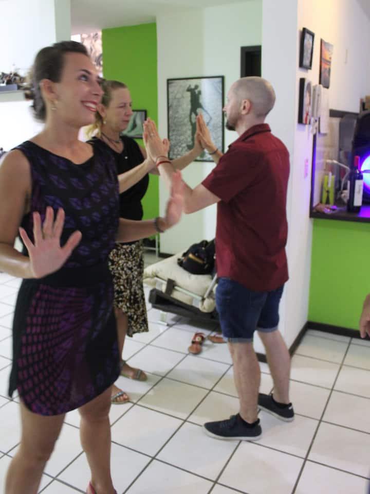 Learn to walk, lead & follow with tango