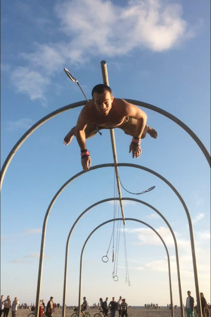 """Fly-away"" dismount"
