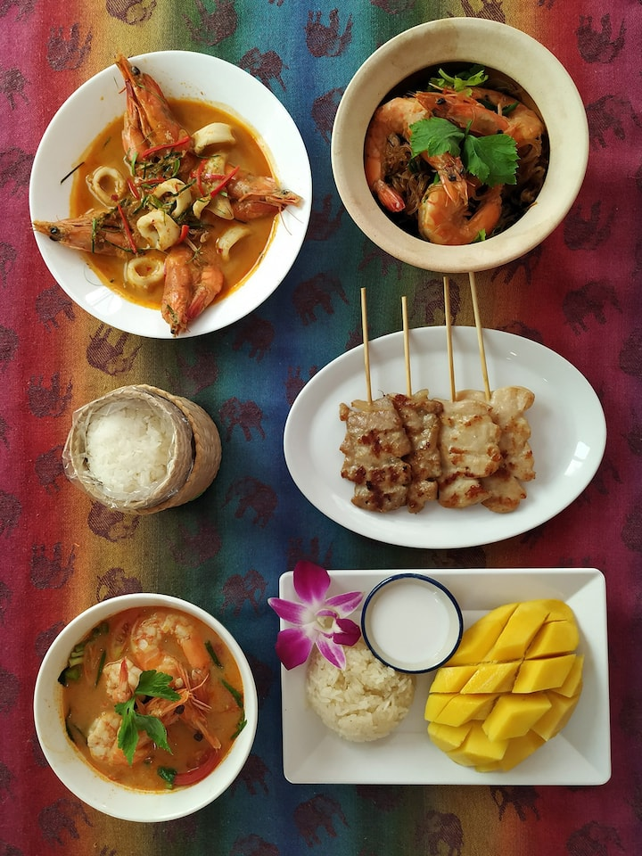 Select Your Own Favorite Thai Dishes