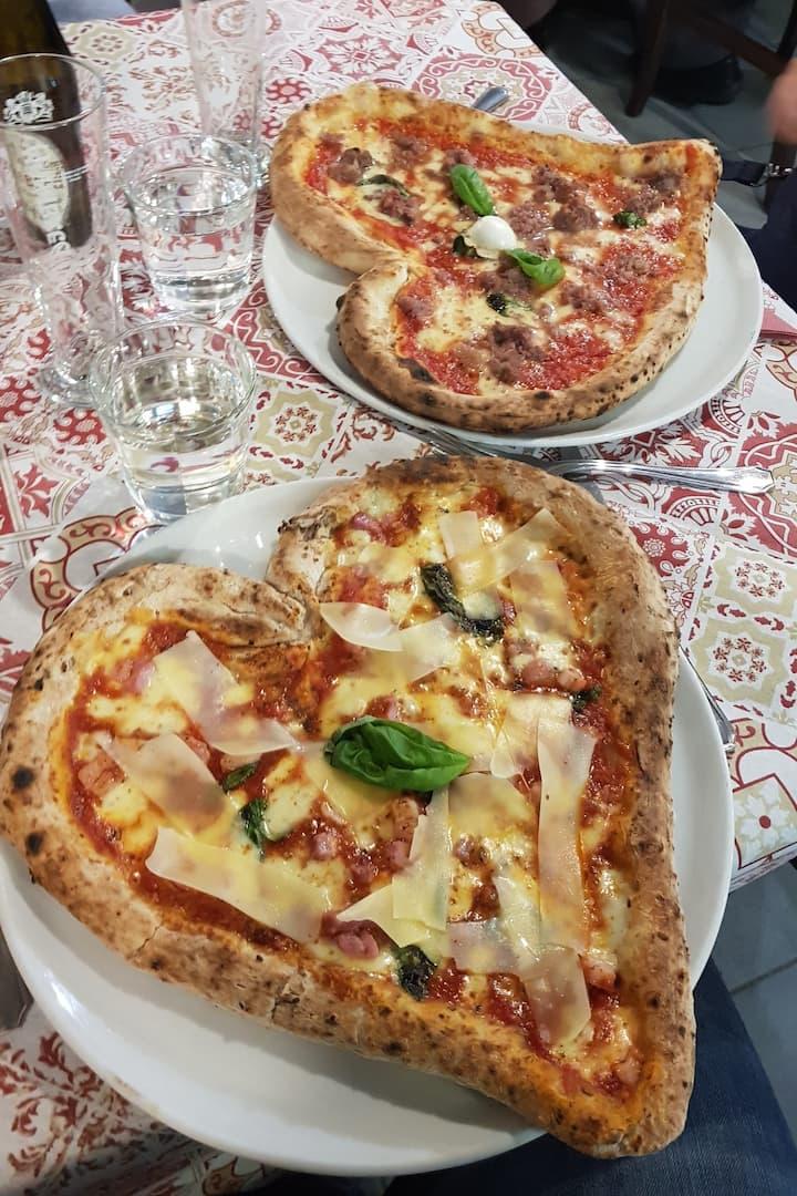 San Valentine Pizzas