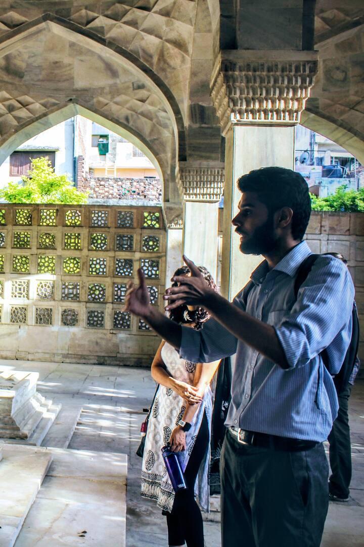 64 pillars tomb in Nizamuddin