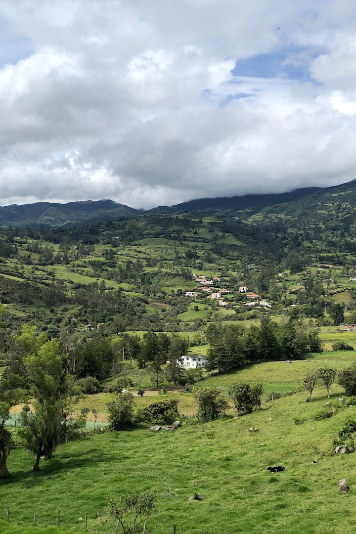 Machetá (view from Snack's store stop)