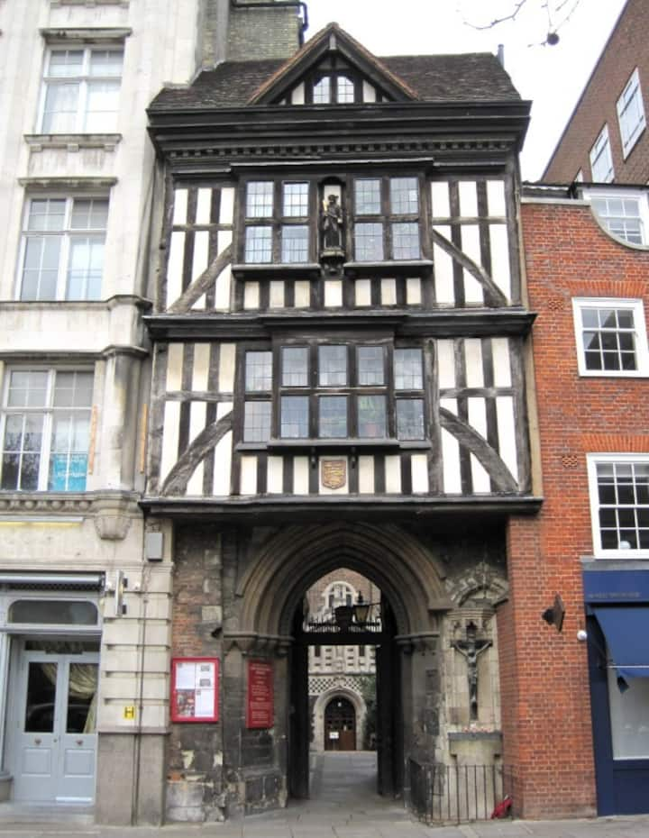 St Bart's Gatehouse