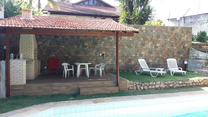 Área de lazer perto da piscina