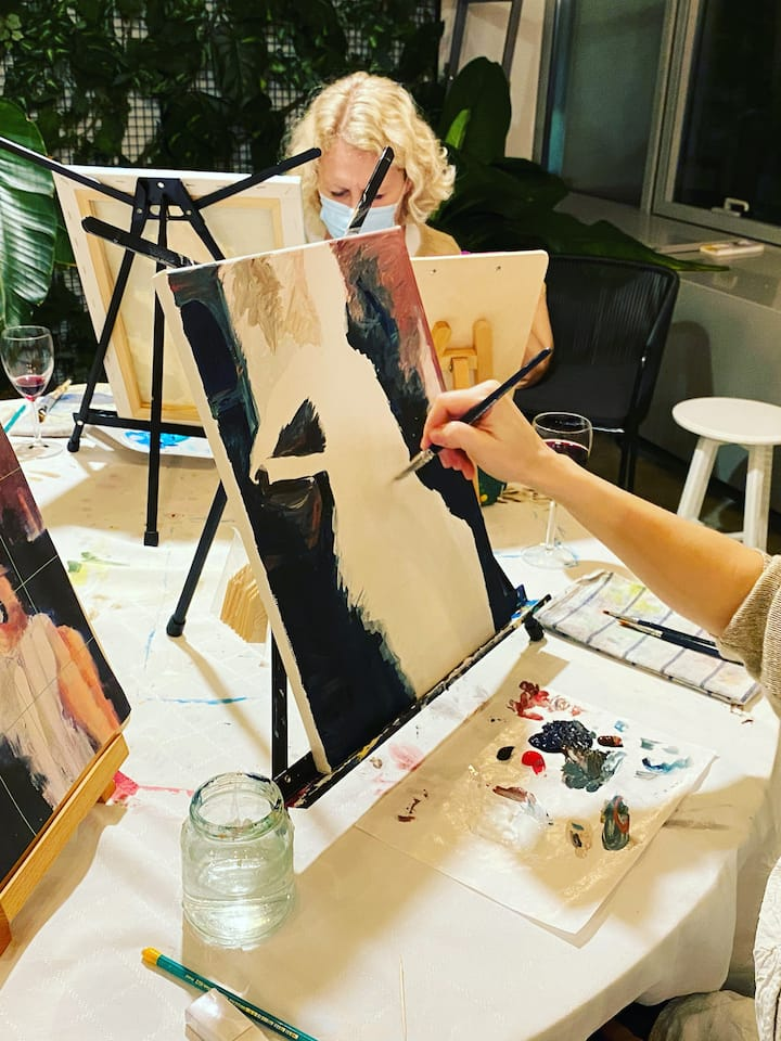 Paint the Canvas, Drink the WIne