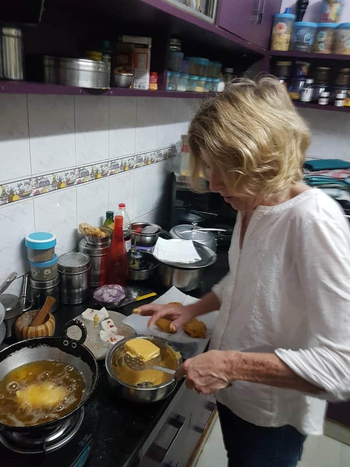 Making Cheese Pakora