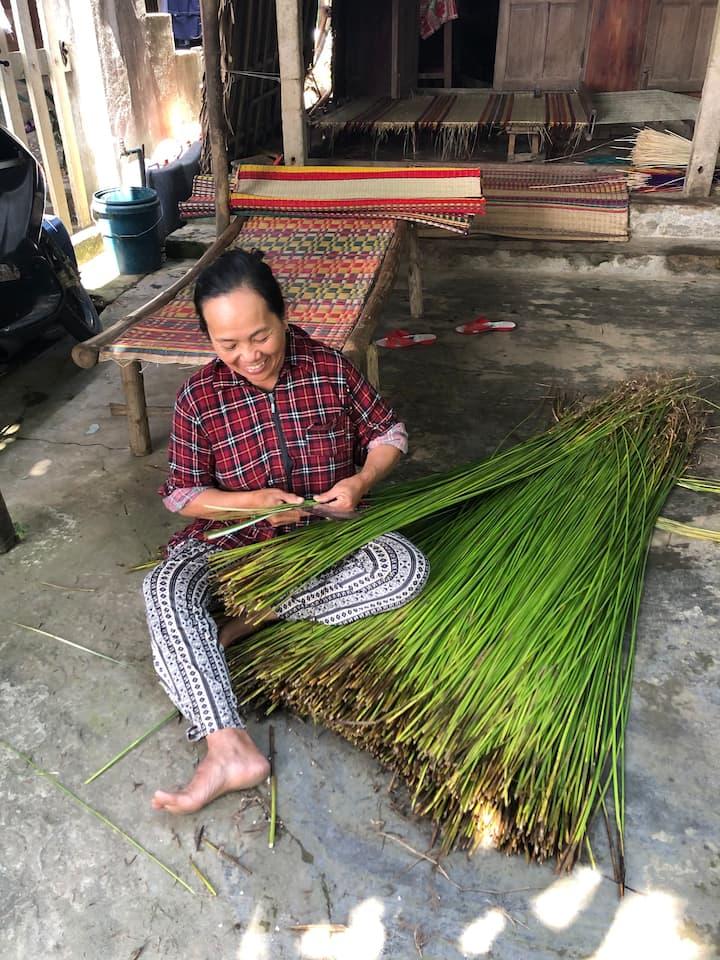 Mat weaving - traditional handicrafts