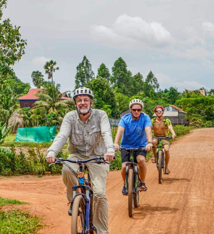 Cycle the Siem Reap dirt roads