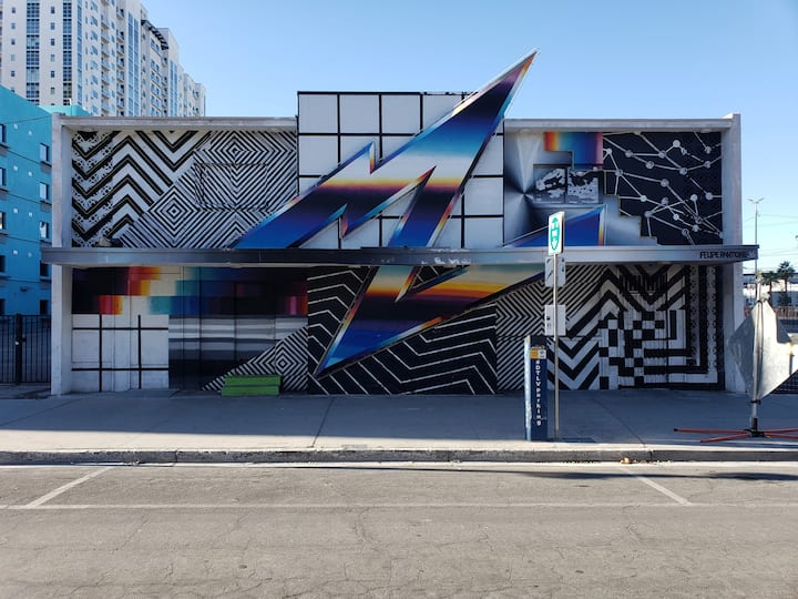 Street Art and newly renovated motels!
