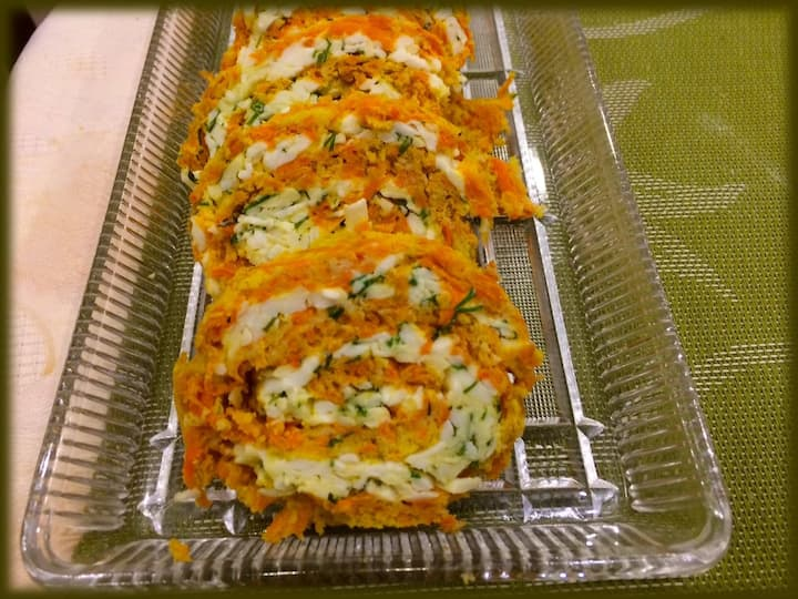 Carrot and cheese roll