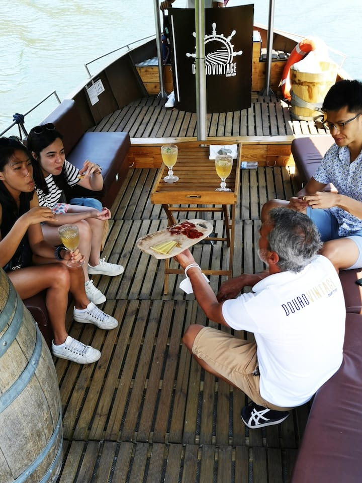 Optional Private Boat drinks and snacks