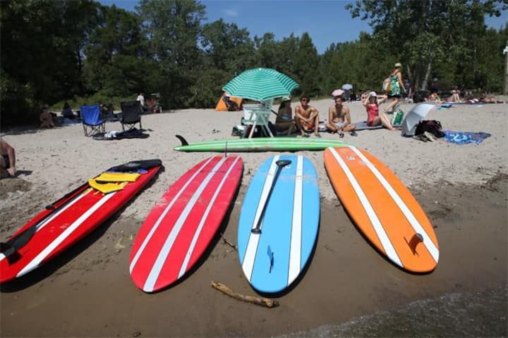 toronto islands beach sup display