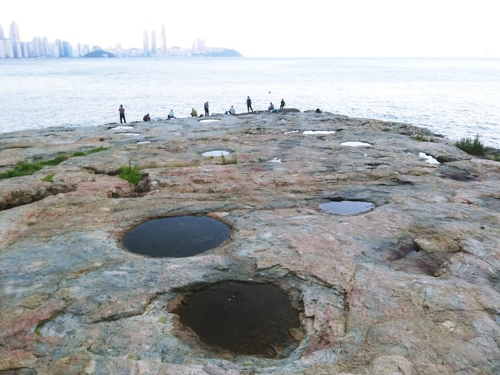 Marine pothole