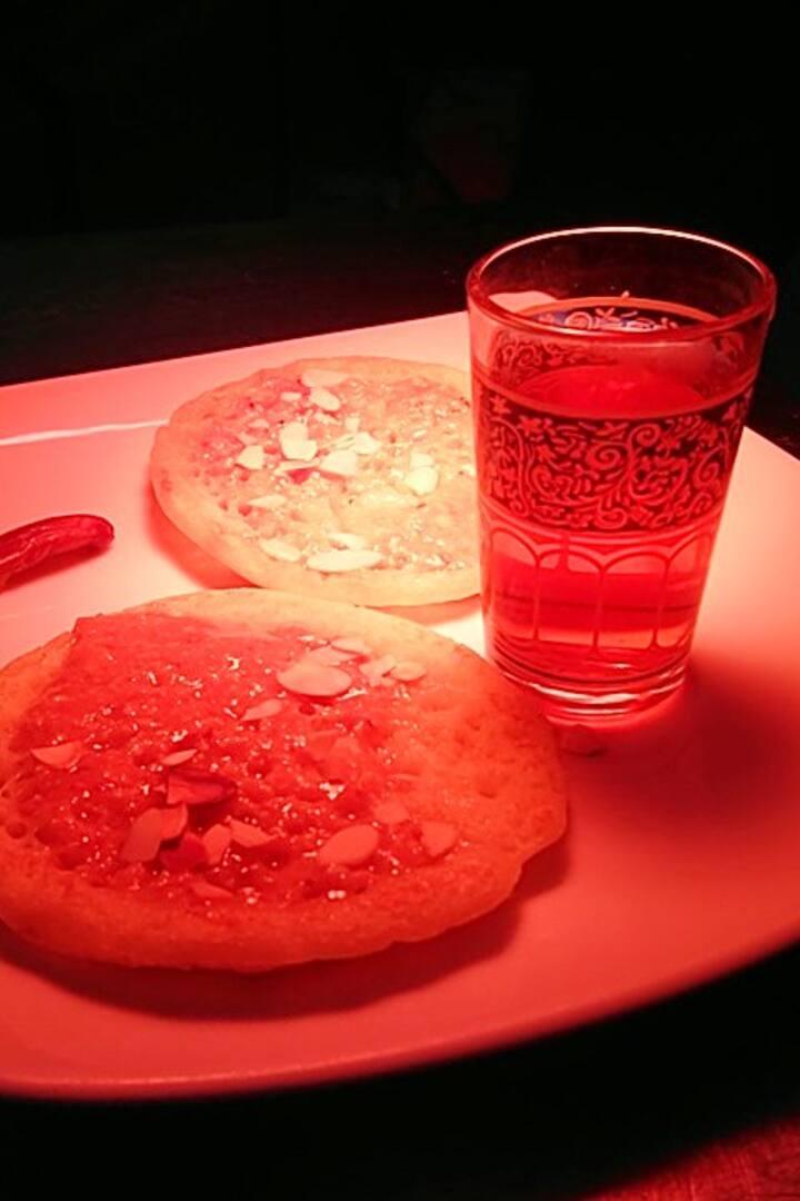 Cheffe Asmâa Rherbi's dessert & mint tea
