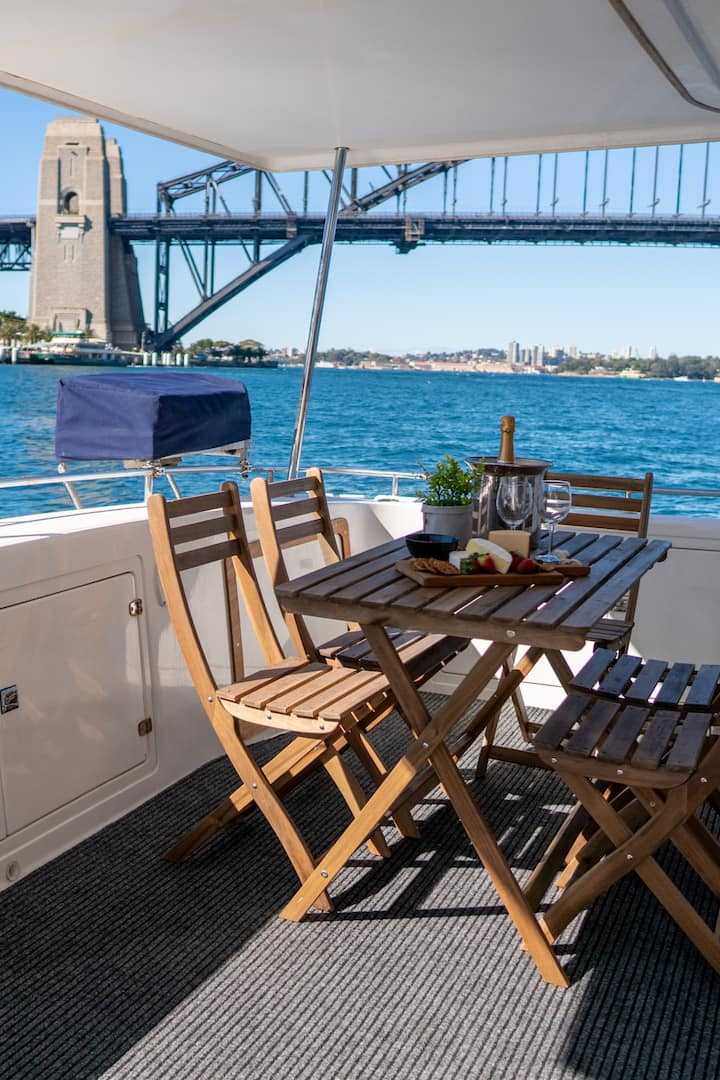 The aft deck on Enigma X