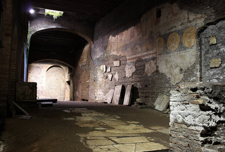 Underground of St. Crisogono