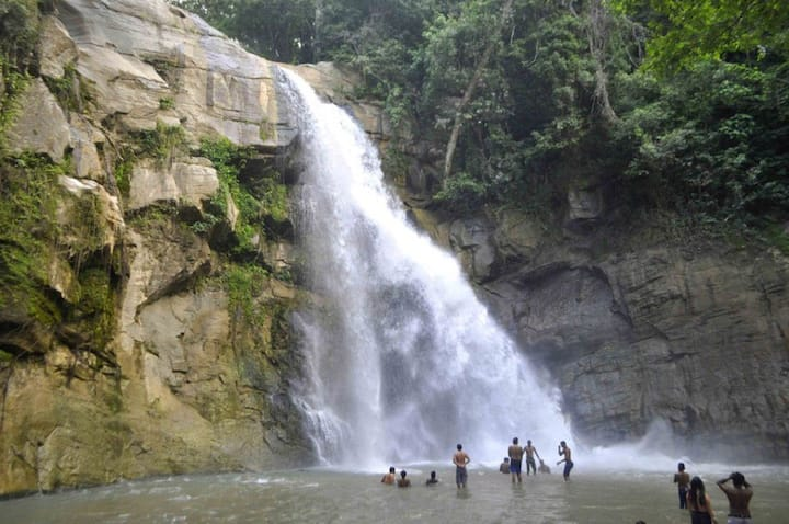 Elle wala waterfall