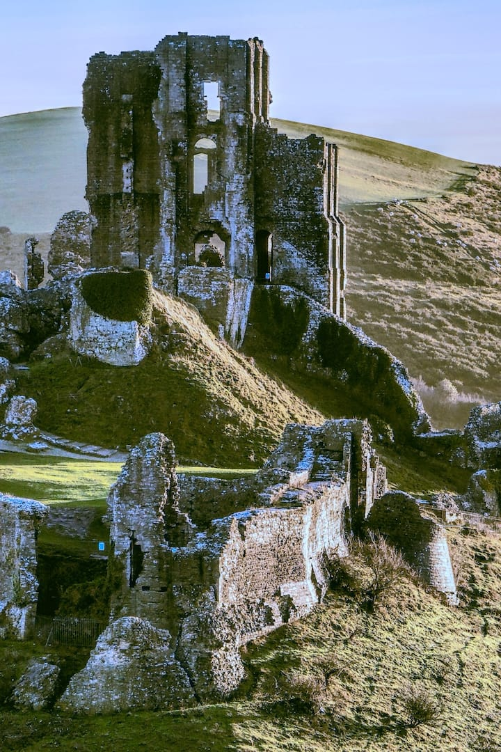 Corfe Castle in the Winter