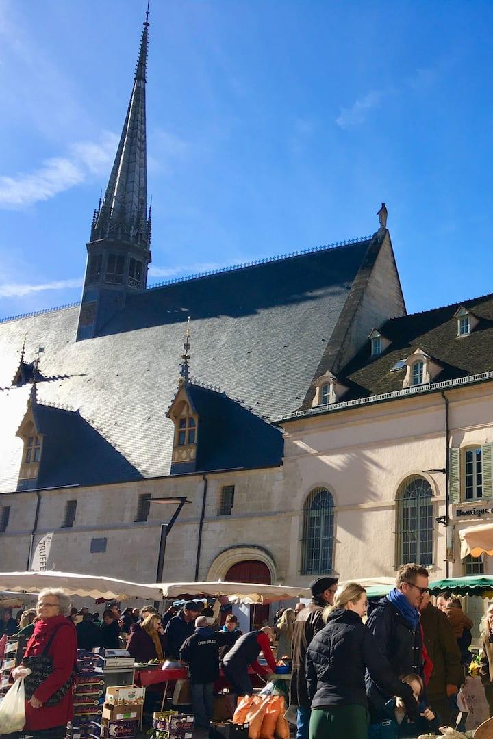 Place du marché, le samedi matin