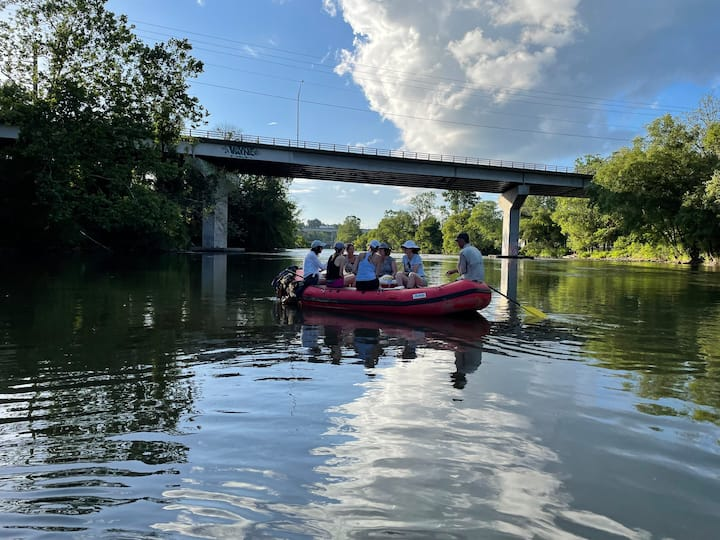 Make new friends on the river!
