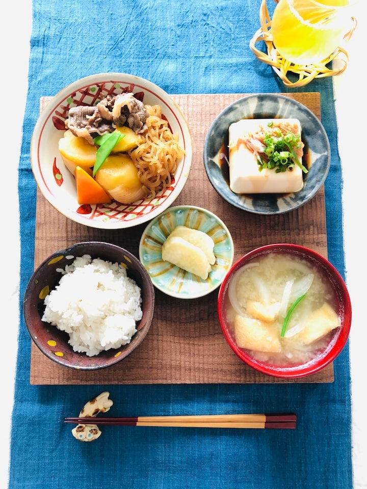 Nikujaga (Braised Meat&Potatoes)
