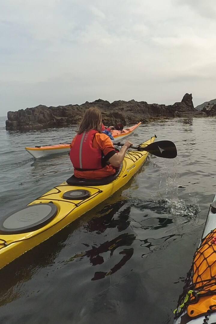 Kayak in groups