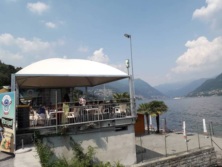 Lunch with AMAZING view of Lake Como