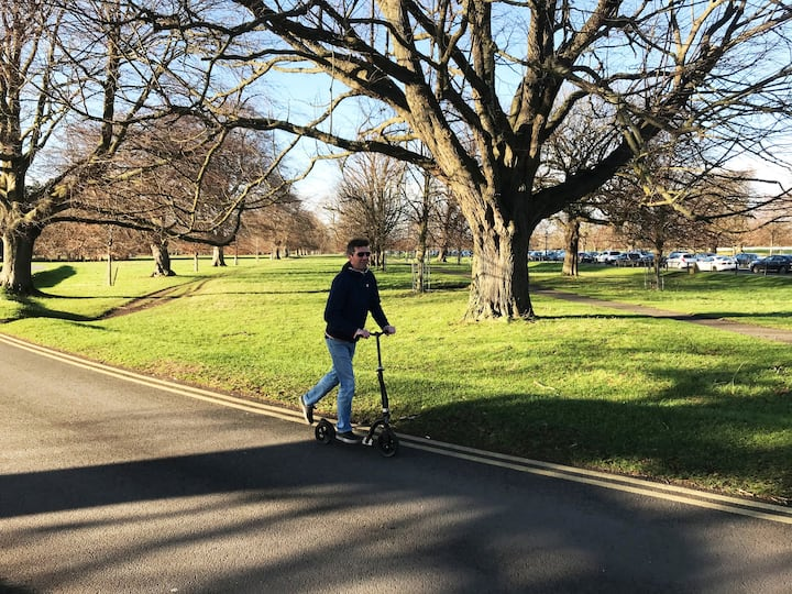 Scooting in the Phoenix park