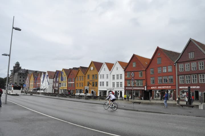 How was Bryggen really built?