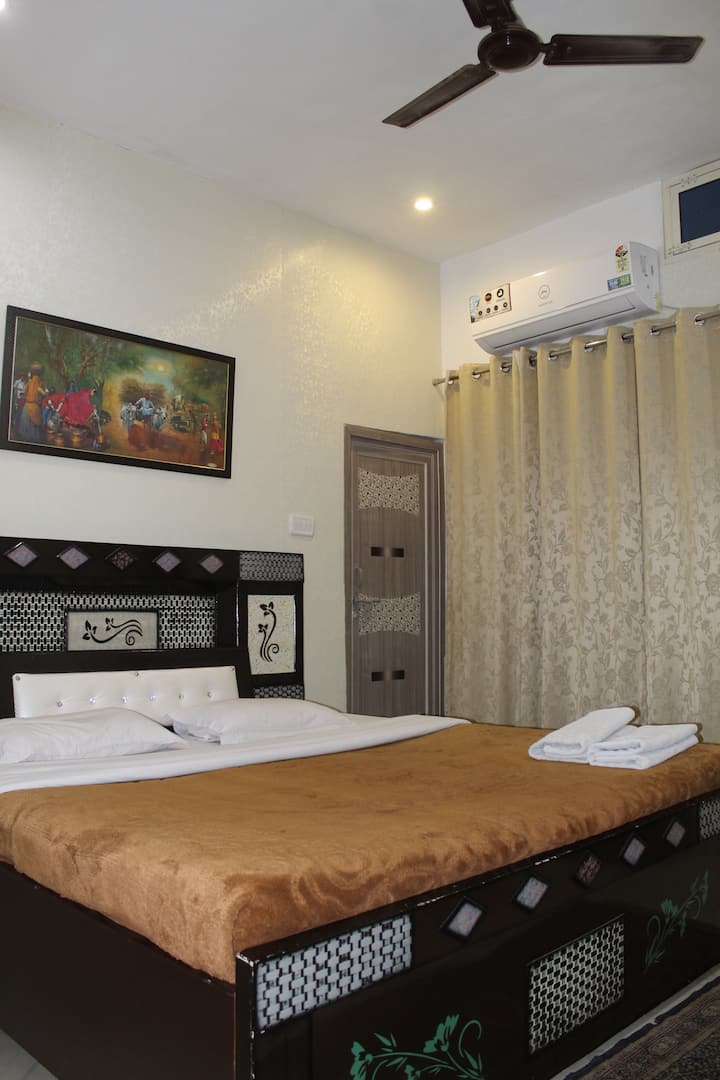 A room to see whole orchha