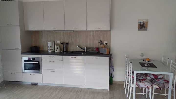 Appartement 45m2 Eigenes Badezimmer-Gartenblick