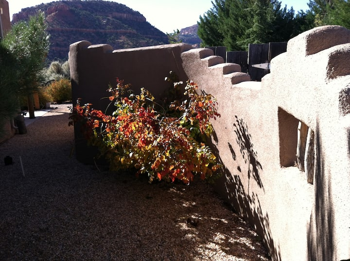 Casita Mariana--High Desert Retreat for Two