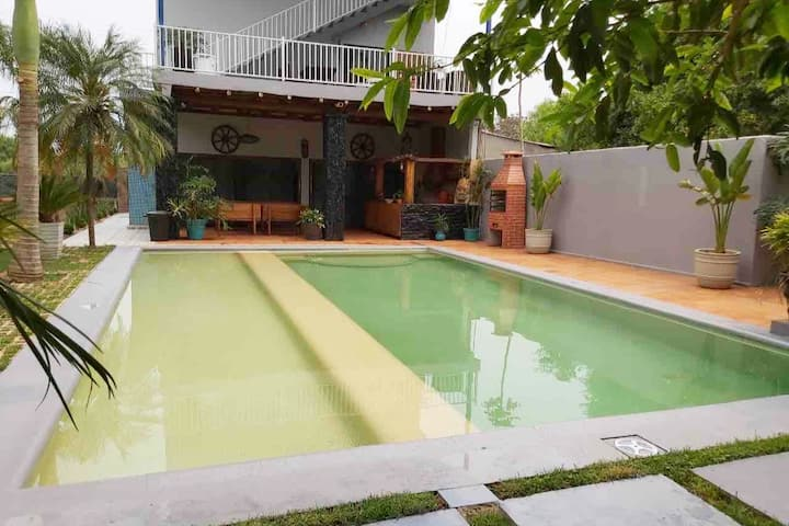 Dos Lunas Palmeras, with Barbecue and pool.