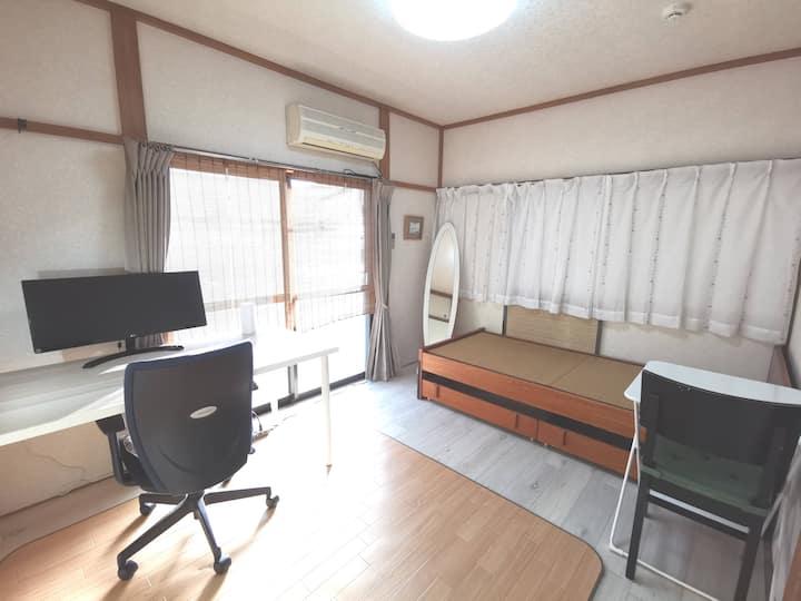 S&H: TAMA, TKY: Cozy Jpn Tatami style apartment
