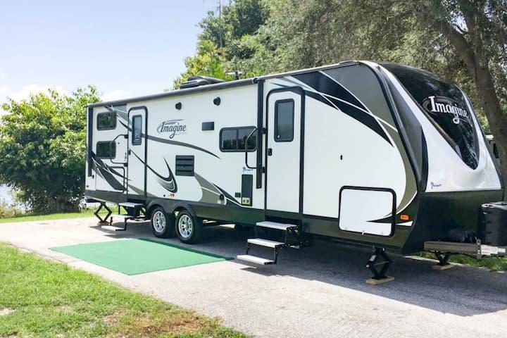 Fully loaded 32' camper delivered & set up