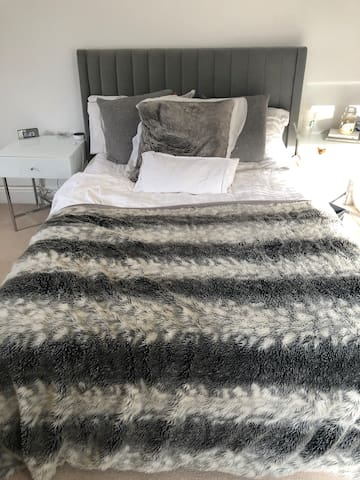Bedroom 4 - large double bed