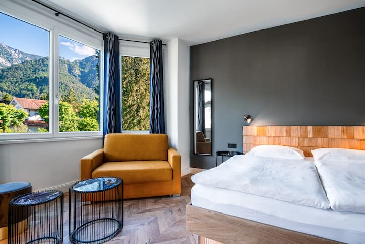 Comfortzimmer mit Balkon, Bergblick & Frühstück