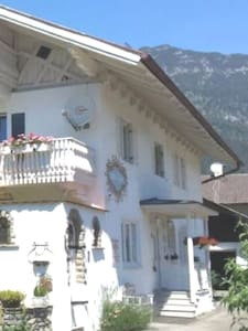 Main entrance of our house to the apartments Zugspitze and Alpspitze