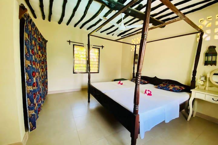 Room Meru