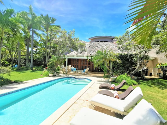 Offer! Villa at Tortuga in Punta Cana Beach & Golf