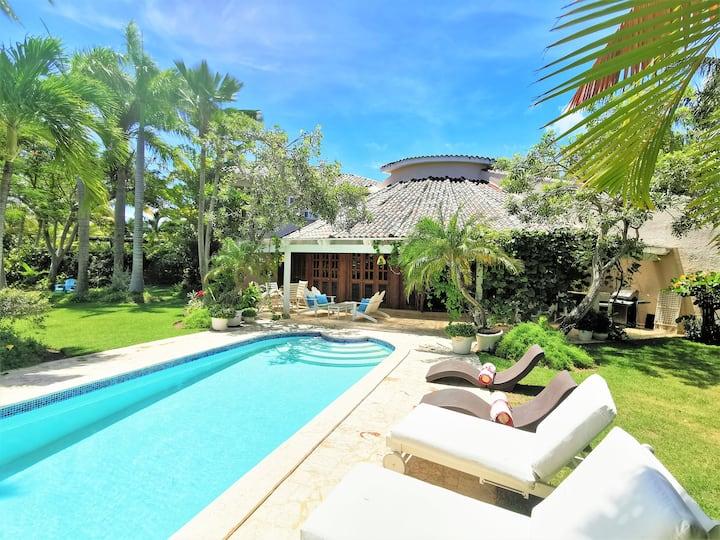 Offer! Villa at Tortuga in Punta Cana Beach & Golf