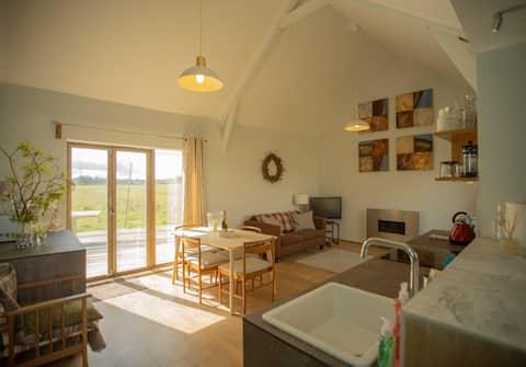 Field End Contemporary rural cabin.