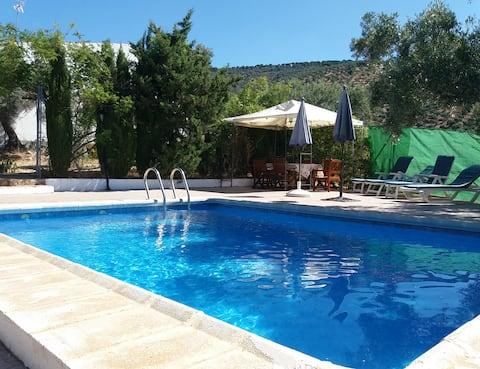 Gîte de famille, près à Cordoba avec piscine