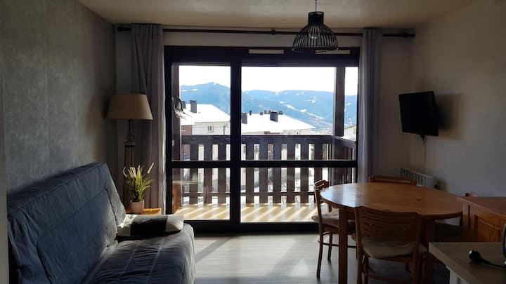 Studio 25m2 balcon vue Montagne