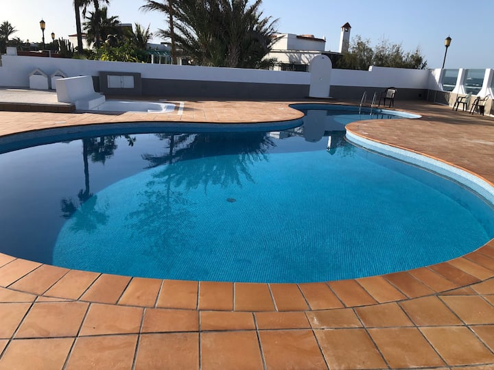 Stunning Apt 20 meters to beach!
