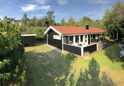 Beautiful Summercottage - close to the sea.