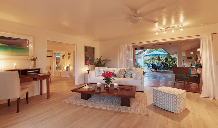 Romantic Maui Beach Home, 3 min walk to Baby Beach