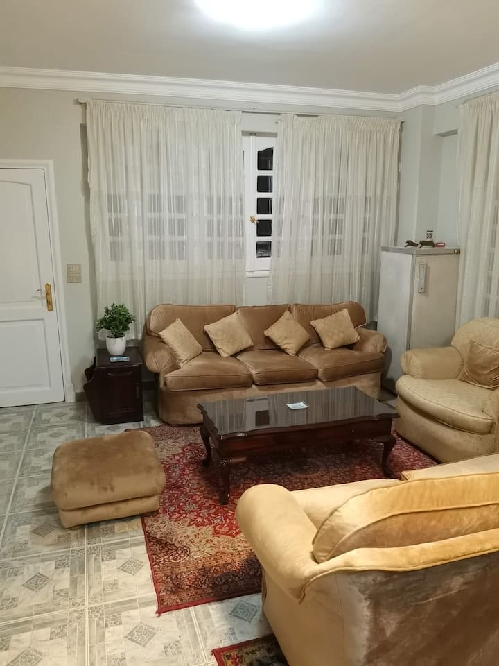 Comfortable double room in New Maadi