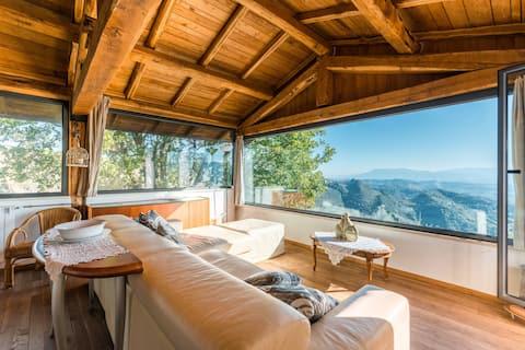 Brīnišķīgs namiņš ar skatu !